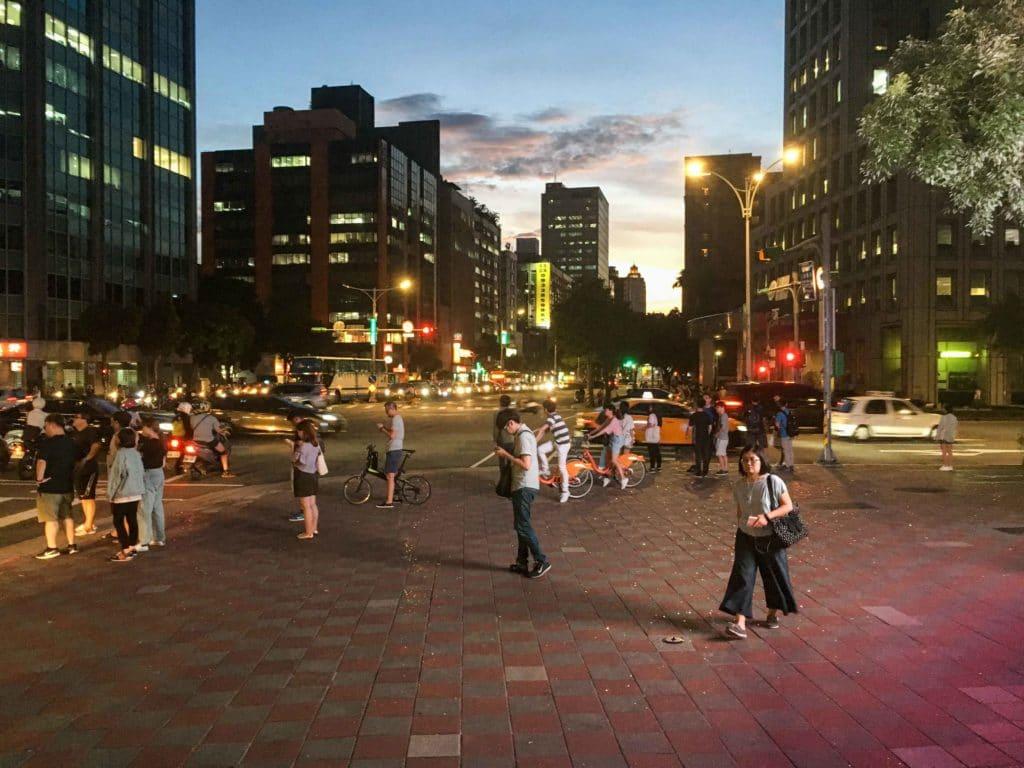 Taipei première vue sortie métro voyage blog
