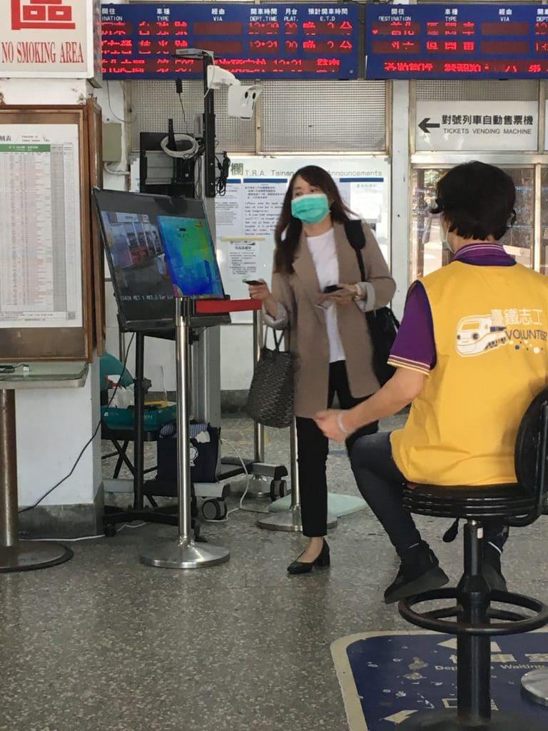 Caméra thermique gare Tainan Taiwan coronavirus